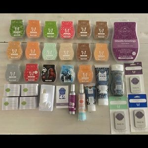 Scentsy Bundle- all scentsy pictured